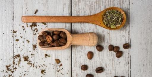 Coffee vs. Green Tea